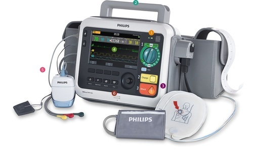 Monitor / Defibrilator Efficia DFM100
